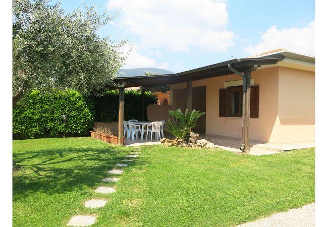 Villa a Terracina - LETTY
